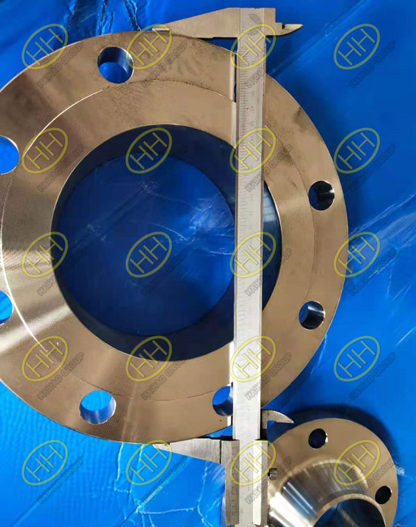 Dimensions inspection of flange